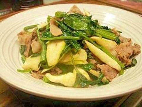 空針菜とマコモタケの炒め物