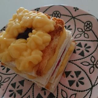 食パンとカスタードのミルフィーユケーキ