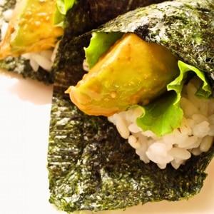 アボカドの手巻き寿司