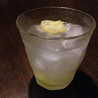 夏バテに美肌ソーダ★塩レモンの自家製ジンジャエール