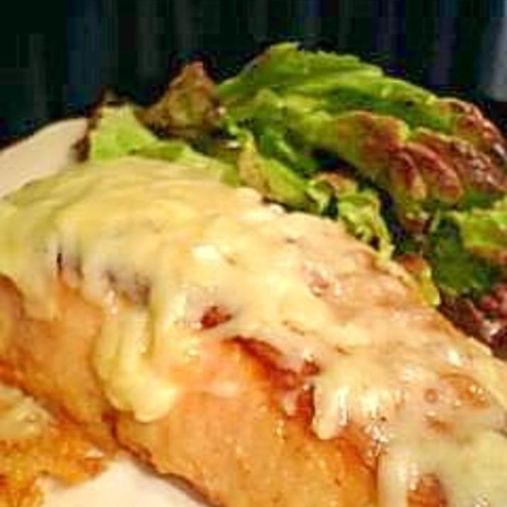 フライパンで簡単!サーモンのチーズ焼き♪