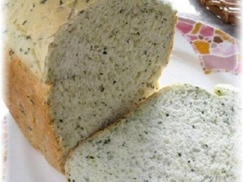 残りご飯とほうれん草でもっちり食パン