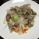 白菜と豚肉に味覇蒸し
