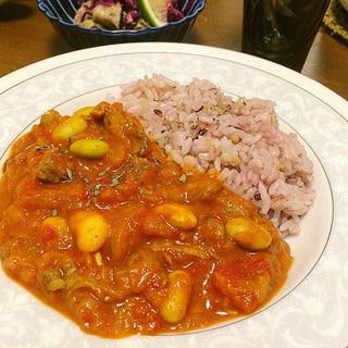 秘伝豆とラム肉の ローカーボトマトカレー