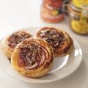 紫玉ねぎとアンチョビのミニピザ