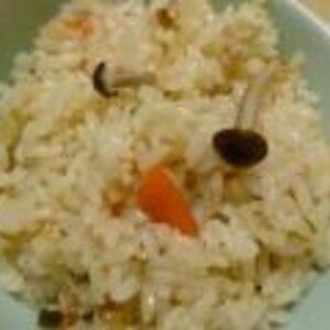 おでんの素で簡単☆きつねの炊き込みご飯