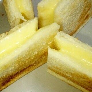 レンジで簡単!とろ~りチーズのホットサンド