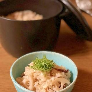 イカの缶詰とレンコンで☆炊き込みご飯