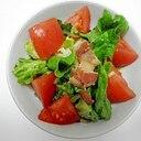 グリーンカールとカリカリベーコンのサラダ