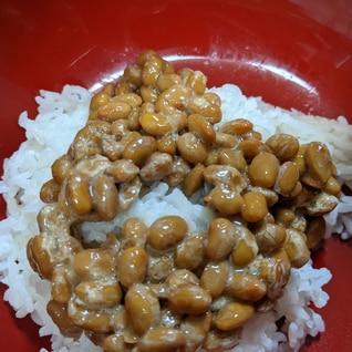 納豆乗せご飯