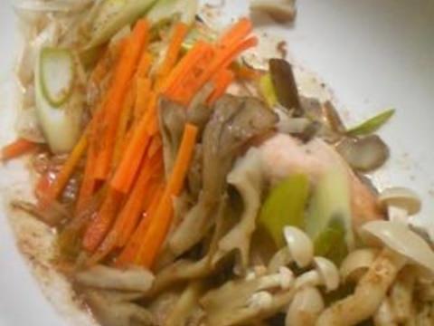 レンジで簡単☆鮭の胡麻ドレ蒸し