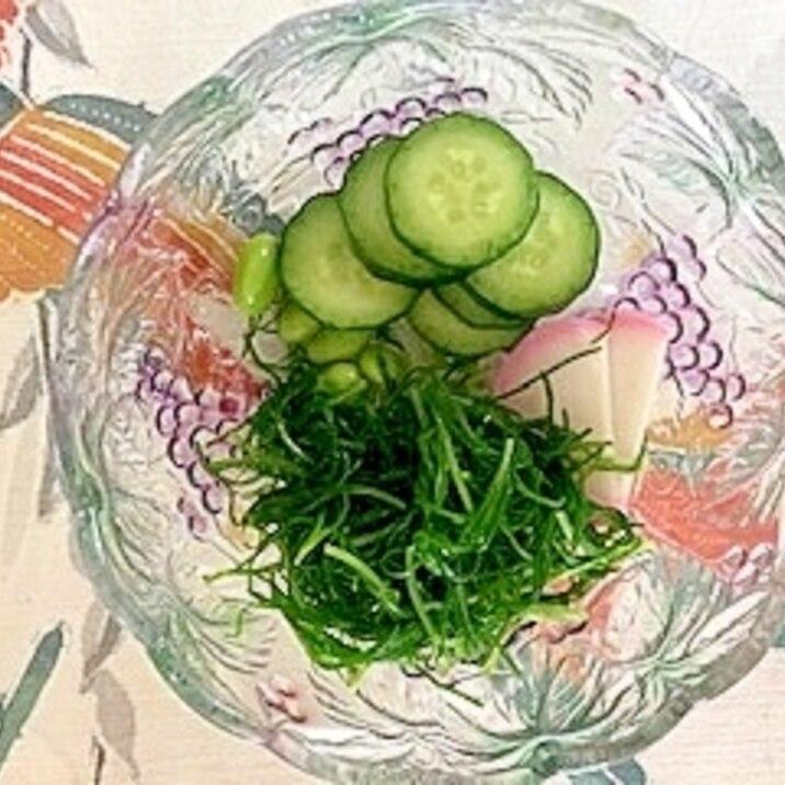 おかひじき、板蒲鉾、胡瓜、枝豆の和え物