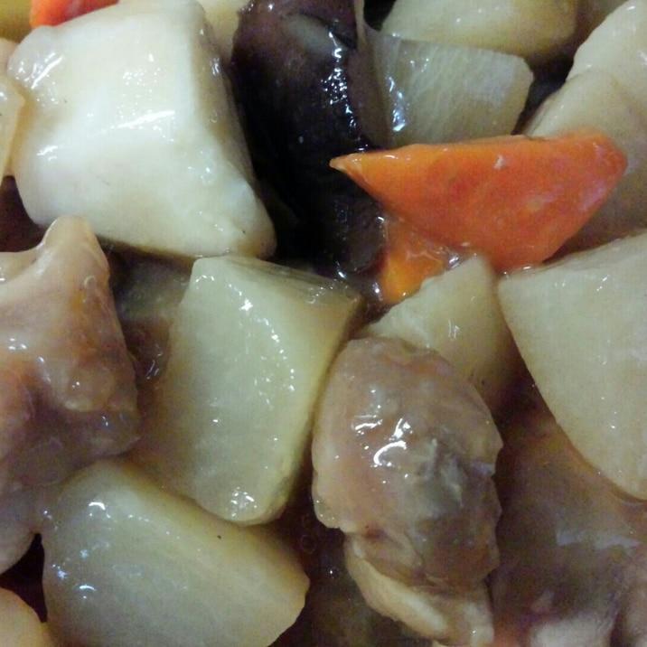 とろっと美味しい☆鶏肉入り煮物♪