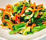 小松菜とにんじんと油揚げの炒め物
