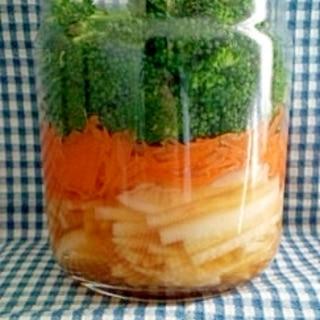 常備野菜のメイソンジャー浅漬け