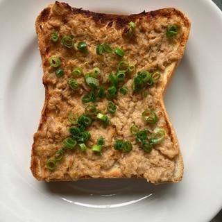 濃厚♪ツナ味噌トースト