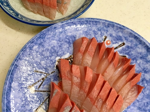 フクラギ(ブリの幼魚)の刺身
