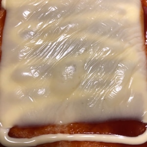 チキンマックナゲットのソースでトースト