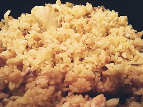 秋刀魚と舞茸の炊き込みご飯。