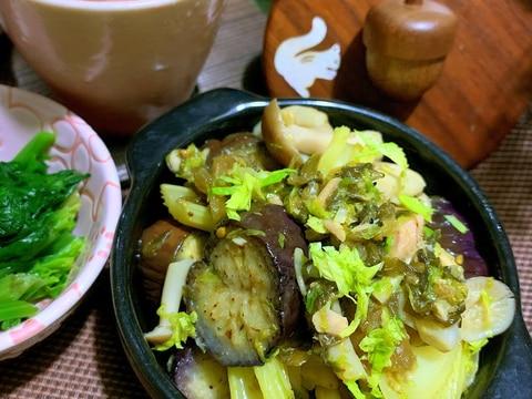 茄子ときのことセロリのツナ高菜炒め