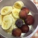 バナナとぶどうのヨーグルト