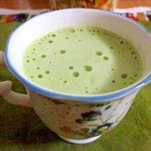 豆乳で作るソイ抹茶ラテ