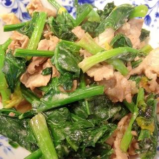 シンプルで美味しい!ほうれん草と豚肉のマヨポン炒め