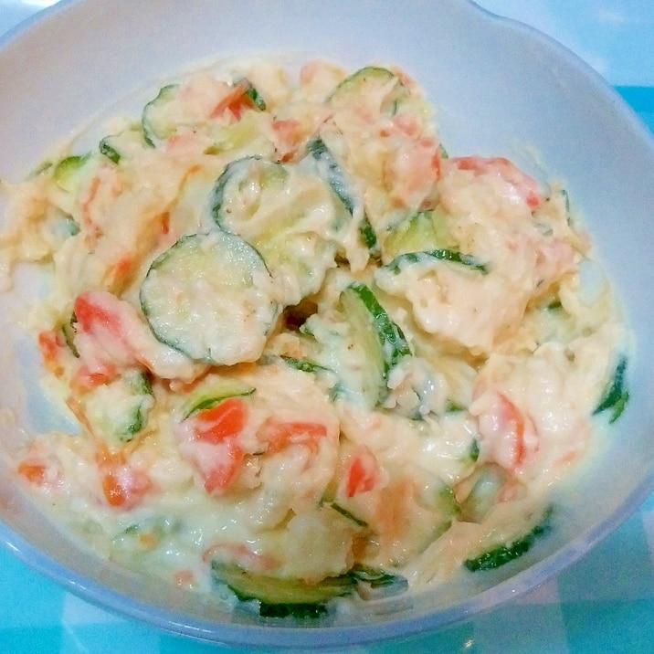 かくし味で、野菜だけなのに、こくうまポテトサラダ♪