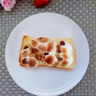 朝食♩とろ~りマシュくるみトースト