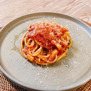 【簡単なのに本格】パンチェッタのトマトソースパスタ