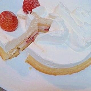 ヨーグルトクリームで いちごケーキ