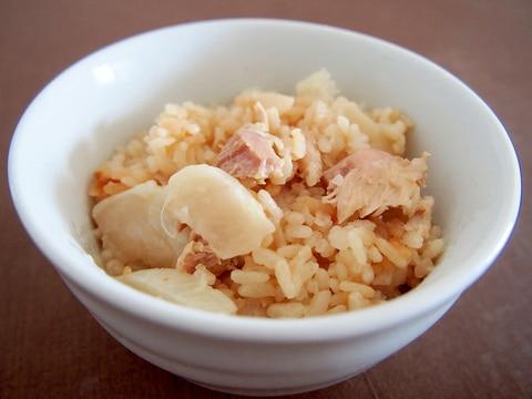 めんつゆで簡単☆鶏肉とかぶの炊き込みご飯
