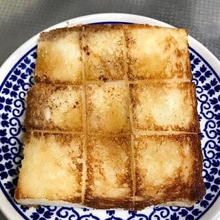 塩バタートースト