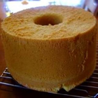 きな粉と豆乳のシフォンケーキ