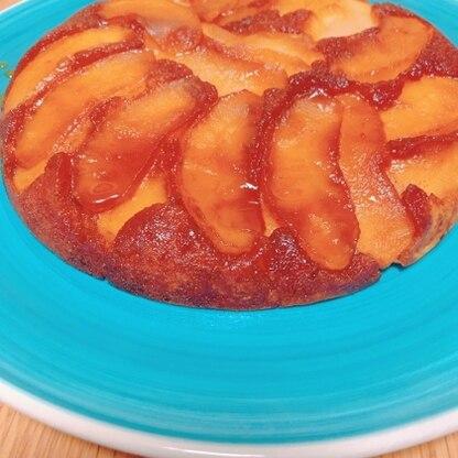 コロナの影響でほとんど外出できないので、お菓子作りにはまってます。 タルトタタン、こんなに簡単に出来て、しかも美味しい! またリンゴがあるとき作ります!