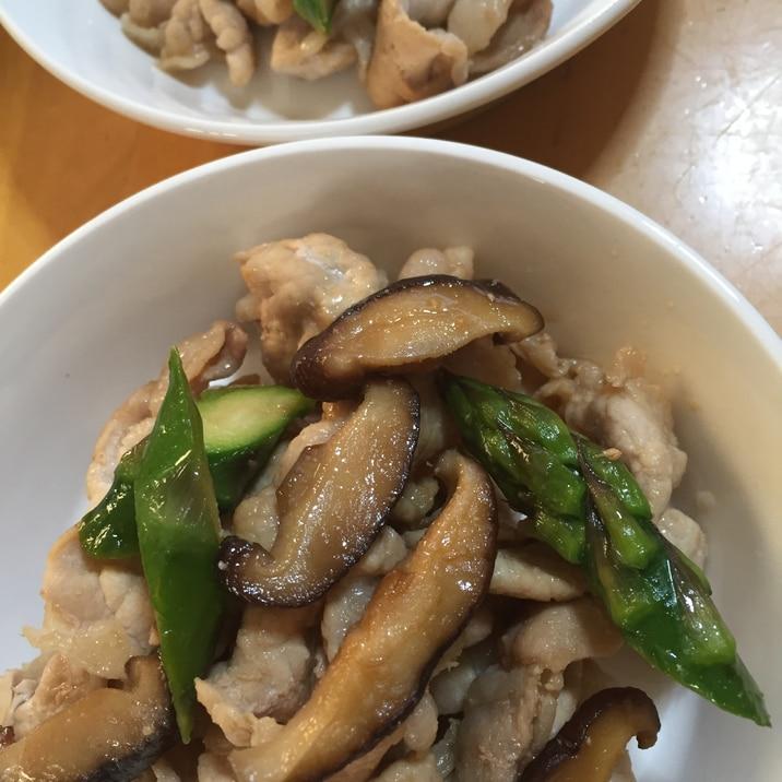 豚薄切り肉とアスパラ椎茸の炒め物