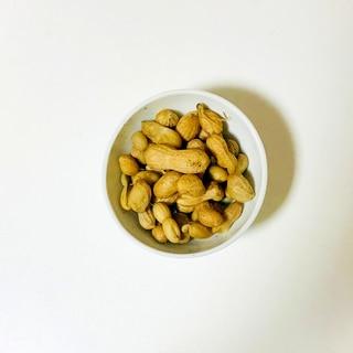土鍋で塩茹でピーナッツ