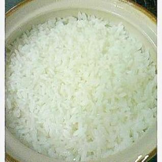 小さな土鍋でご飯を1合だけ美味しく炊きました♪
