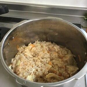 春の香り・たけのこご飯(筍の炊き込みご飯)