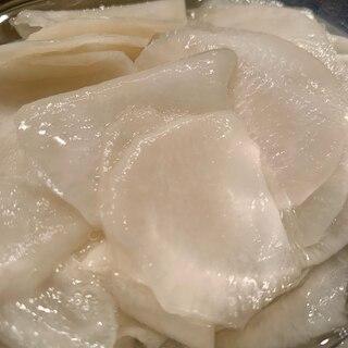 かぶ(大根)の三杯酢漬け