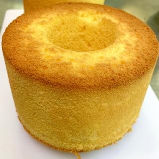 吸い付く食感!米粉のレモンシフォンケーキ