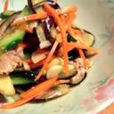 豚肉とカラフル野菜の黒酢炒め。