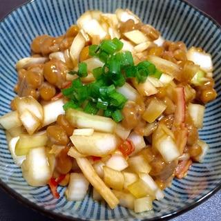 お酒の簡単おつまみ♪納豆×タマネギ×カニカマ