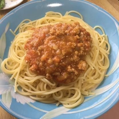 頂き物のトマトと余った鶏ひき肉の消費に!優しい味で美味しかったです!