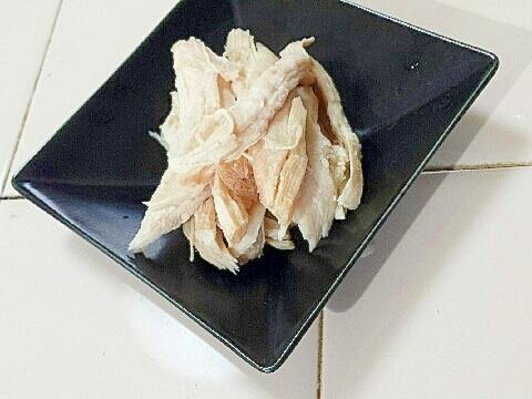 冷凍保存でいろんなメニューに☆基本の茹で鶏