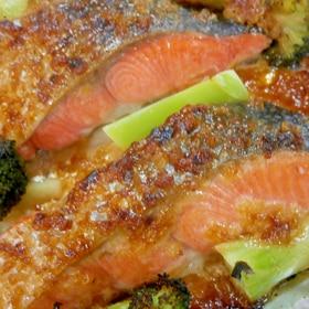 鮭とブロッコリーの味噌マヨ焼き