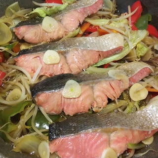 鮭の醤油ちゃんちゃん焼き