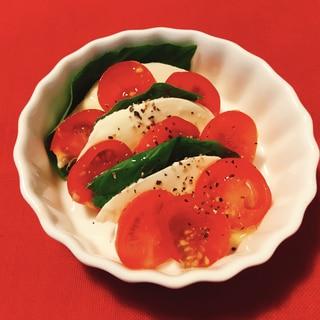 クリスマス★ミニトマトとモッツァレラのカプレーゼ