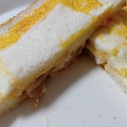 仕上がりがうまくいきませんでしたが、 すっごくおいしかったてす♪チーズとろとろとハムとパンとすごくあってますね!リピします♪