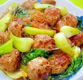 肉団子とチンゲン菜と春雨の中華煮
